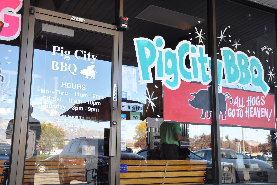 Pig City BBQ Exterior