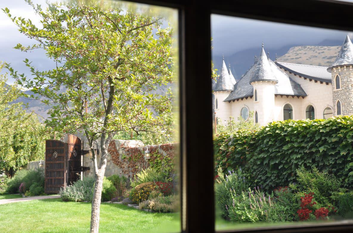 Wadley Farms Castle & Grounds