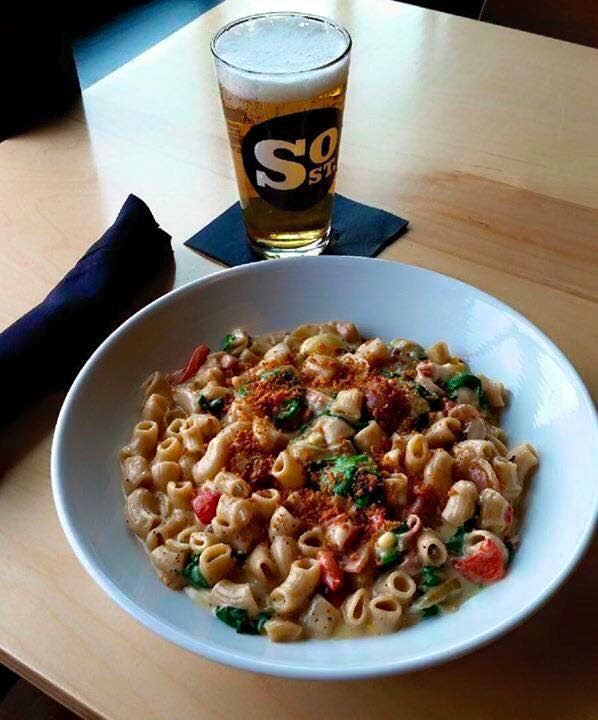 South Street Brewery mac & cheese