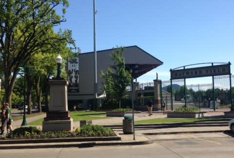 Powell Plaza, Hayward Field