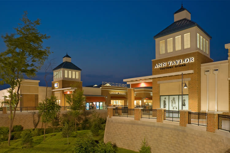 The Philadelphia Premium Outlets will have live music and added discounts all weekend.
