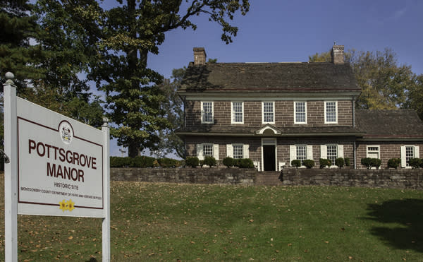 Pottsgrove Manor welcomes guests for a weekend of historic dining.