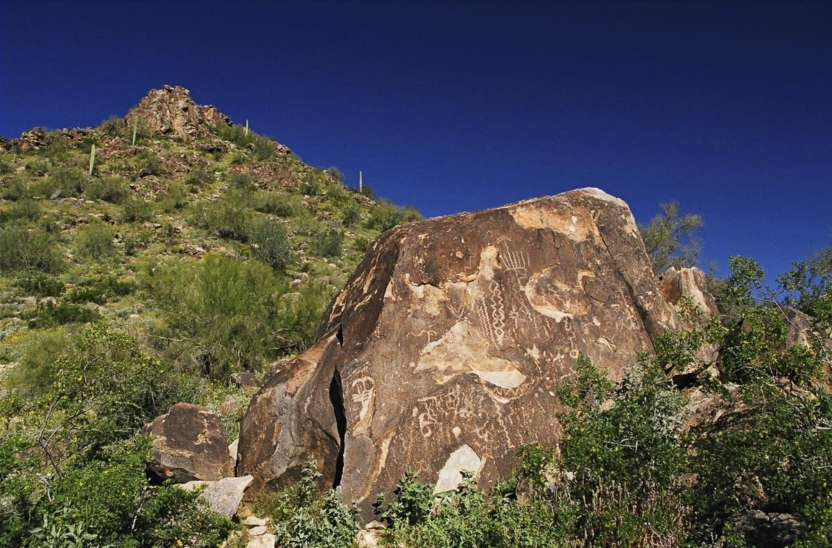 Waterfall trail White Tank Mountain