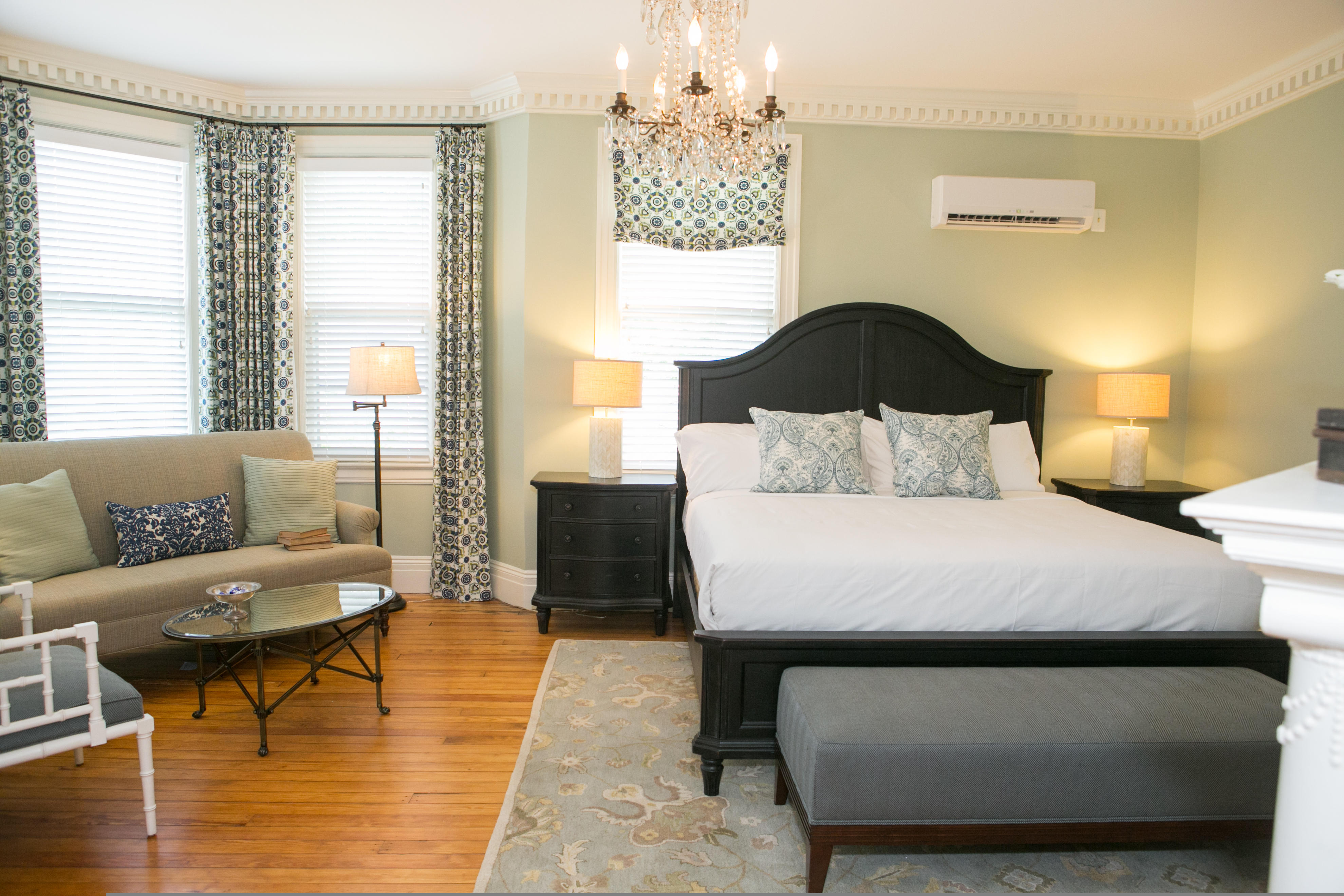 One bedroom suite at Frederick Inn
