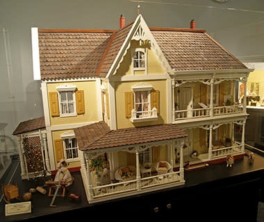 Strangest Museums: Museum of Miniature Houses