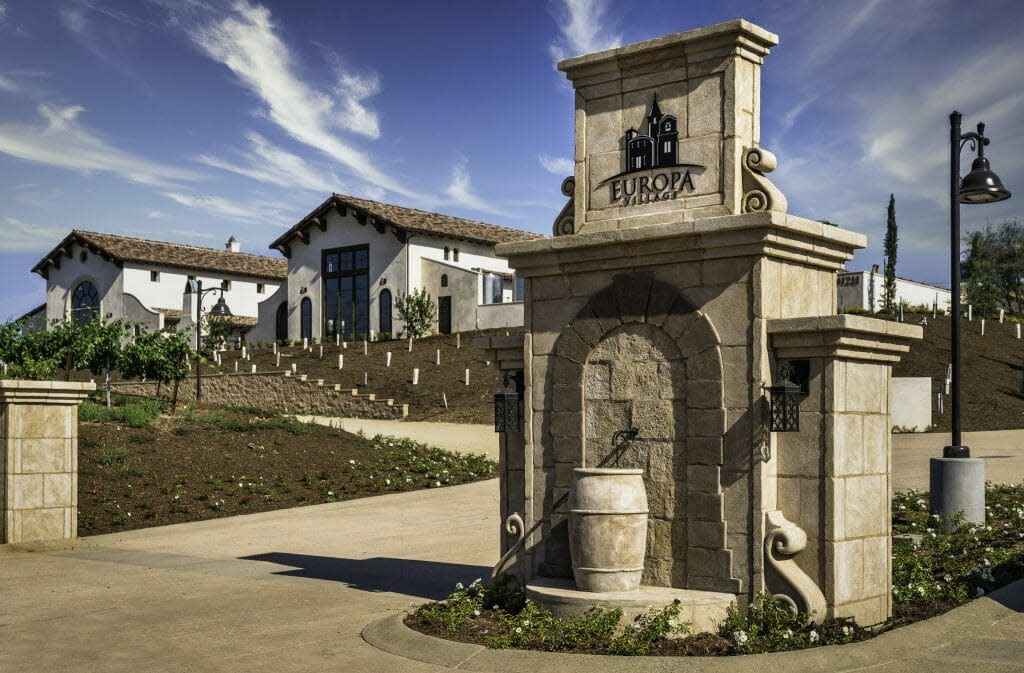 Entrance to Europa Village Winery