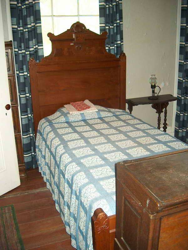 Flannery O'Connor's bed