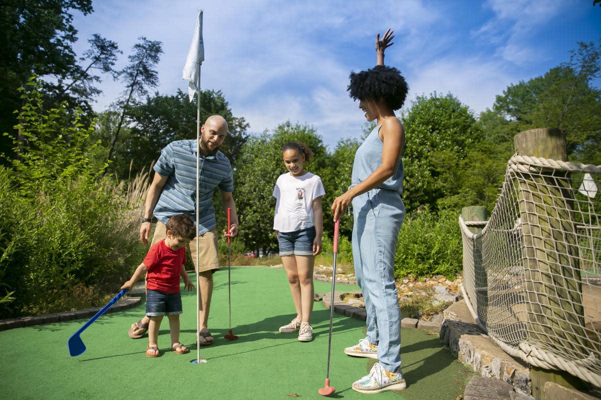 Mini Golf - Burke Lake Park - Family Friendly