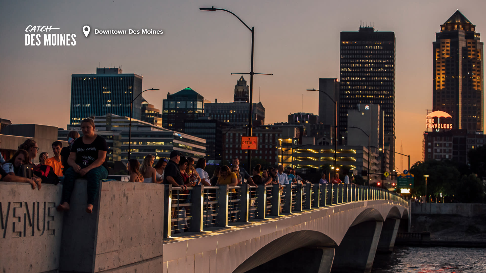 Downtown Des Moines Visitors Overlooking Bridge Zoom Background
