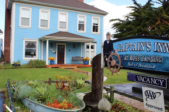 Captain's Inn, Moss Landing