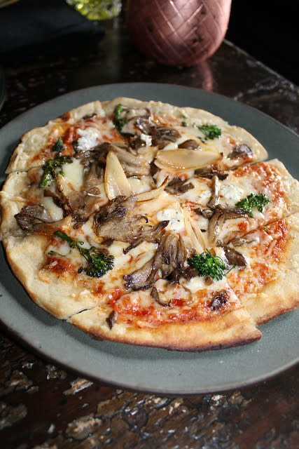 Mushroom Pizza at Restaurant 1833