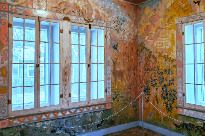 Painted room at the Walter Anderson Museum Of Art 680
