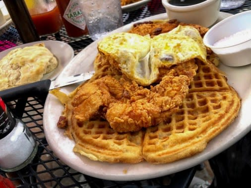 chicken and waffles brunch louisiana northshore