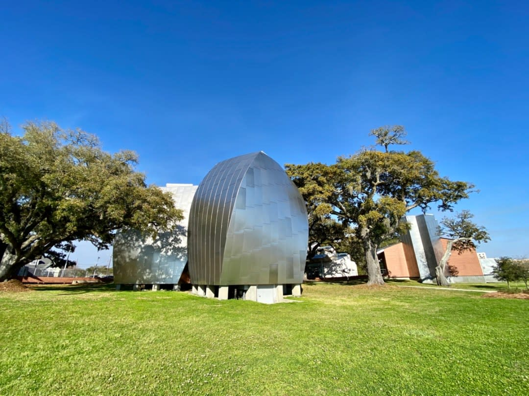 Ohr OKeefe Museum of Art Gehry architecture - Meet Three Unconventional Coastal Mississippi Artists