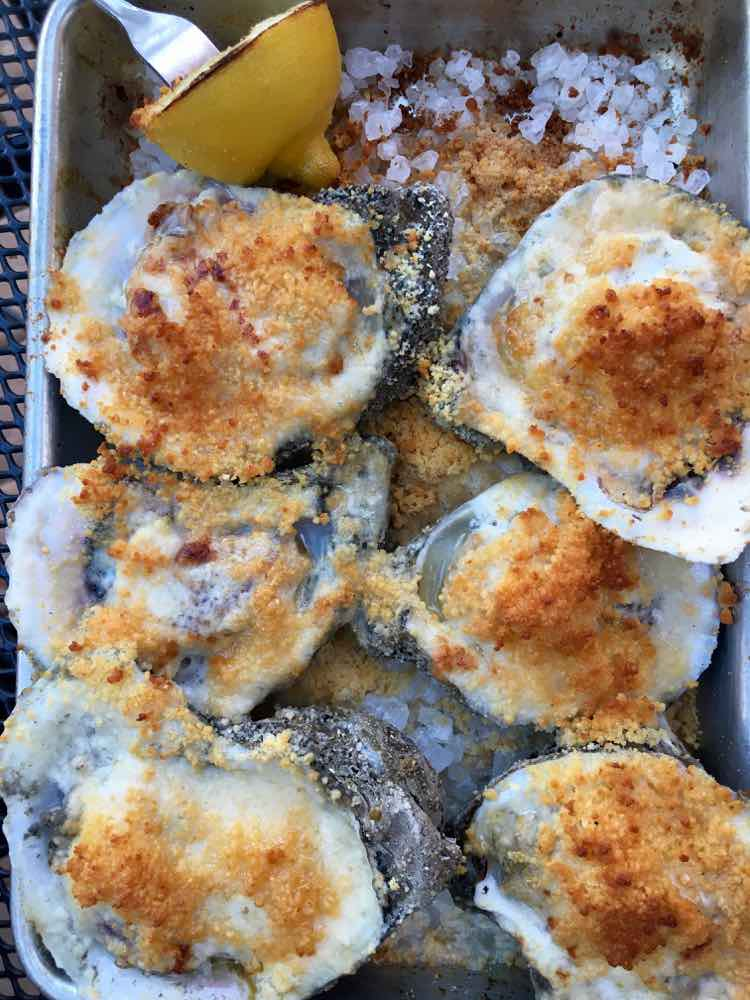 RAW Oyster Bar in Bay St Louis
