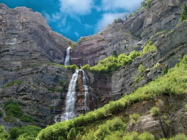 10 Waterfalls in Utah Valley that Will Take Your Breath Away