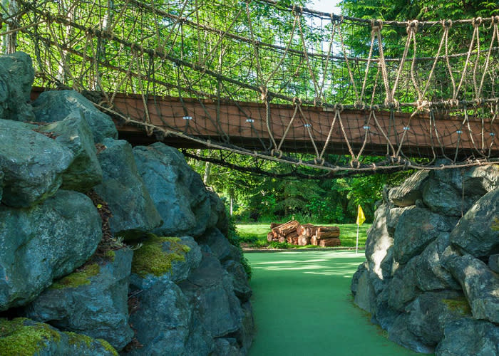 Seattle area Miniature Golf at Willows Run Discovery Trail in Redmond