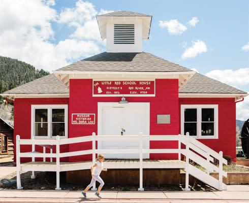 18 Redriver Museum