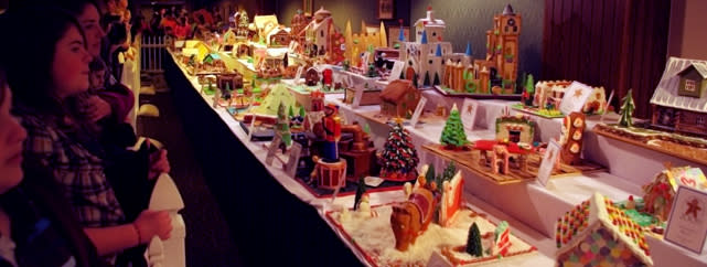 Gingerbread Houses at The Omni Grove Park Inn | ExploreAsheville.com