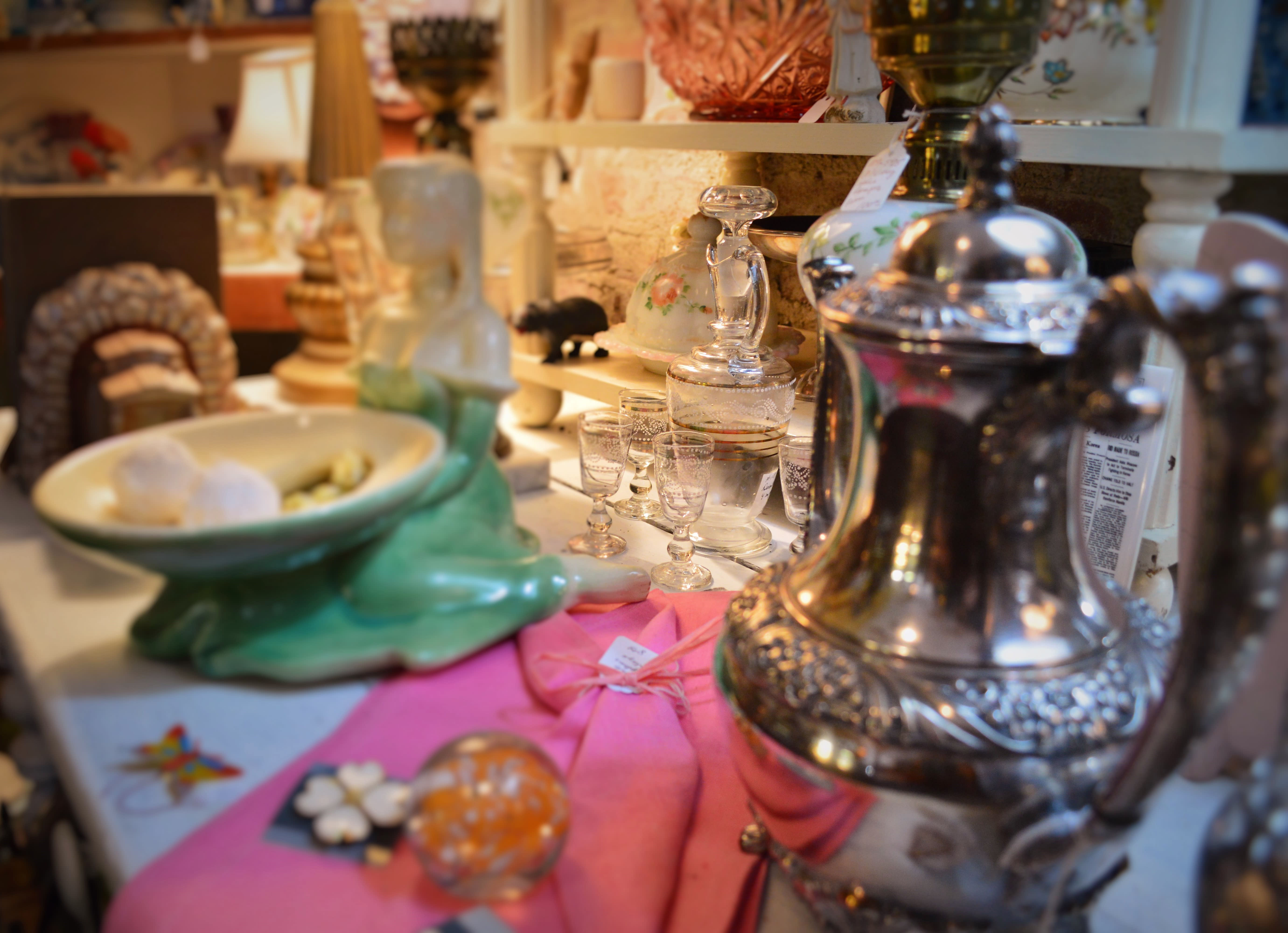 sugar-maples-antiques-inside-treasures-1