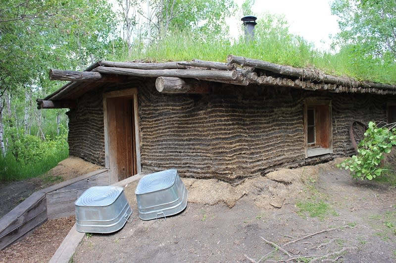 Sod house at FortWhyte Alive