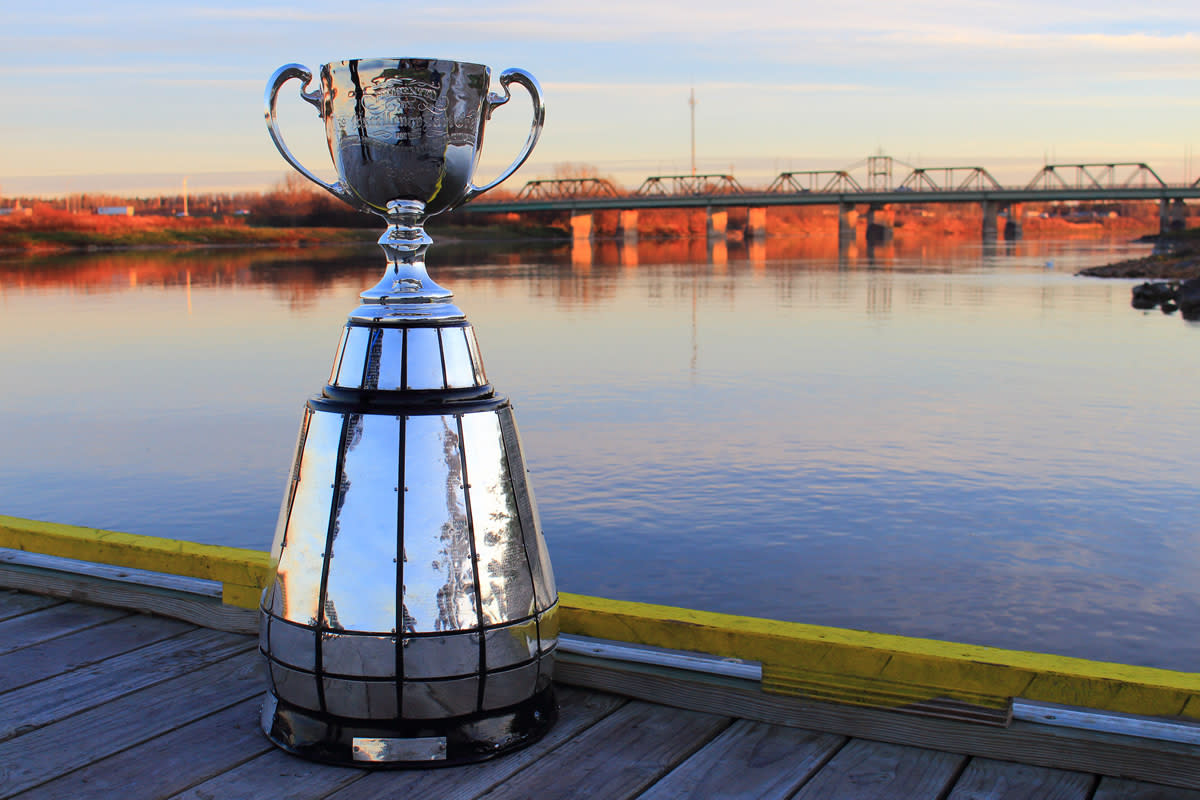 The Grey Cup tour of Manitoba's northern communities.