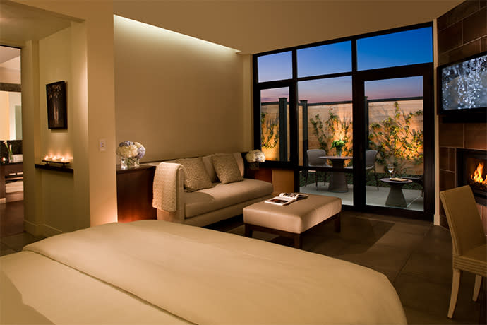 Napa Valley's Most Luxurious hotel rooms - Bardessono 2