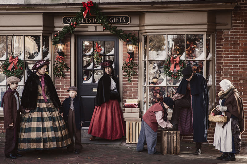 Dickens Christmas historic New Castle