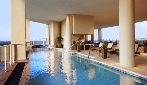 Cool Hotel Pools - Westin Memorial City