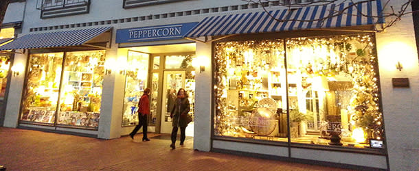 Front of Peppercorn with Lights on Pearl Street