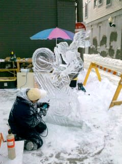 Ice Sculpture Carver at Winterval