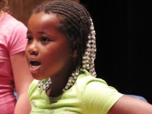 A young voice & member of Fort Wayne Children's Choir's Apprentice Choir