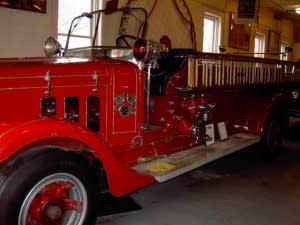 Fire engines from the 1940s are displayed at the Firefighters Museum.