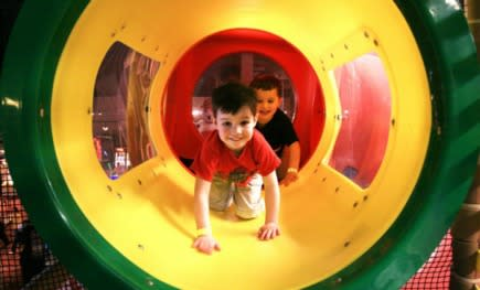 Adventure_Park_Indoor_Playground.jpg