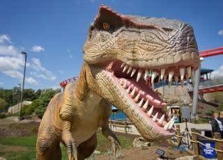 Dinosaurs-Alive-at-Dorney-Park