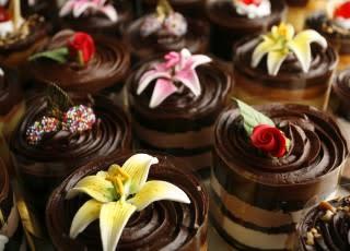 Premise Maid Chocolate