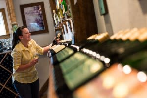 VynecrestWinery14_DiscoverLehighValley_ColinColemanPhotography