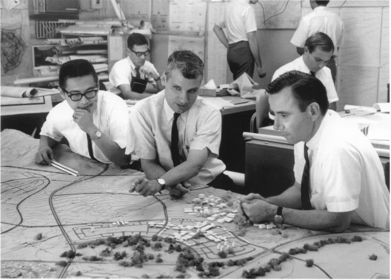Master planning the town of Irvine