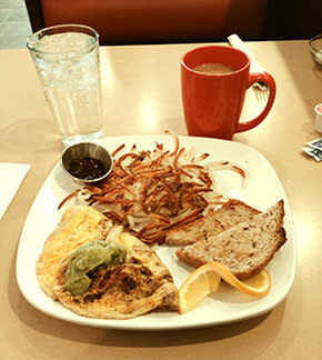 Third Coast Cafe omelet and hash browns