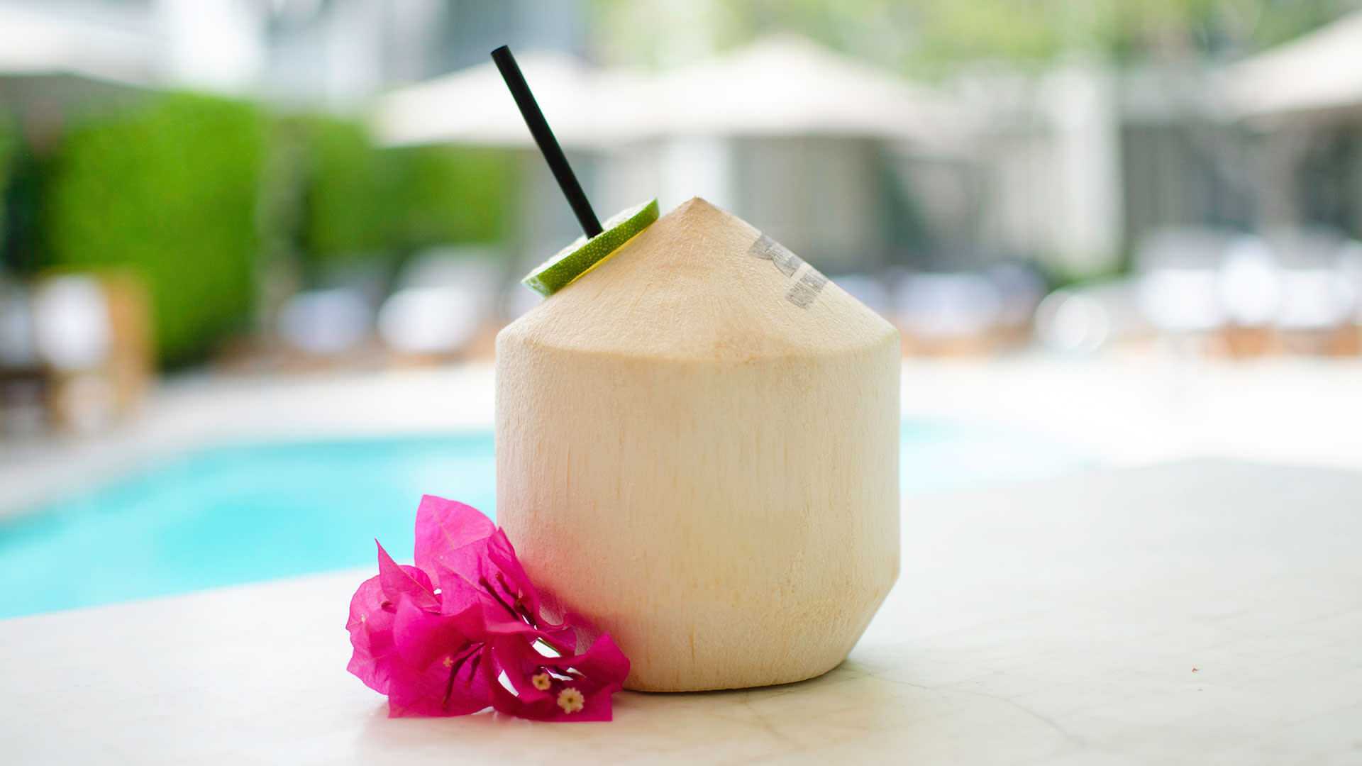 rum coconut at chi chi at avalon hotel