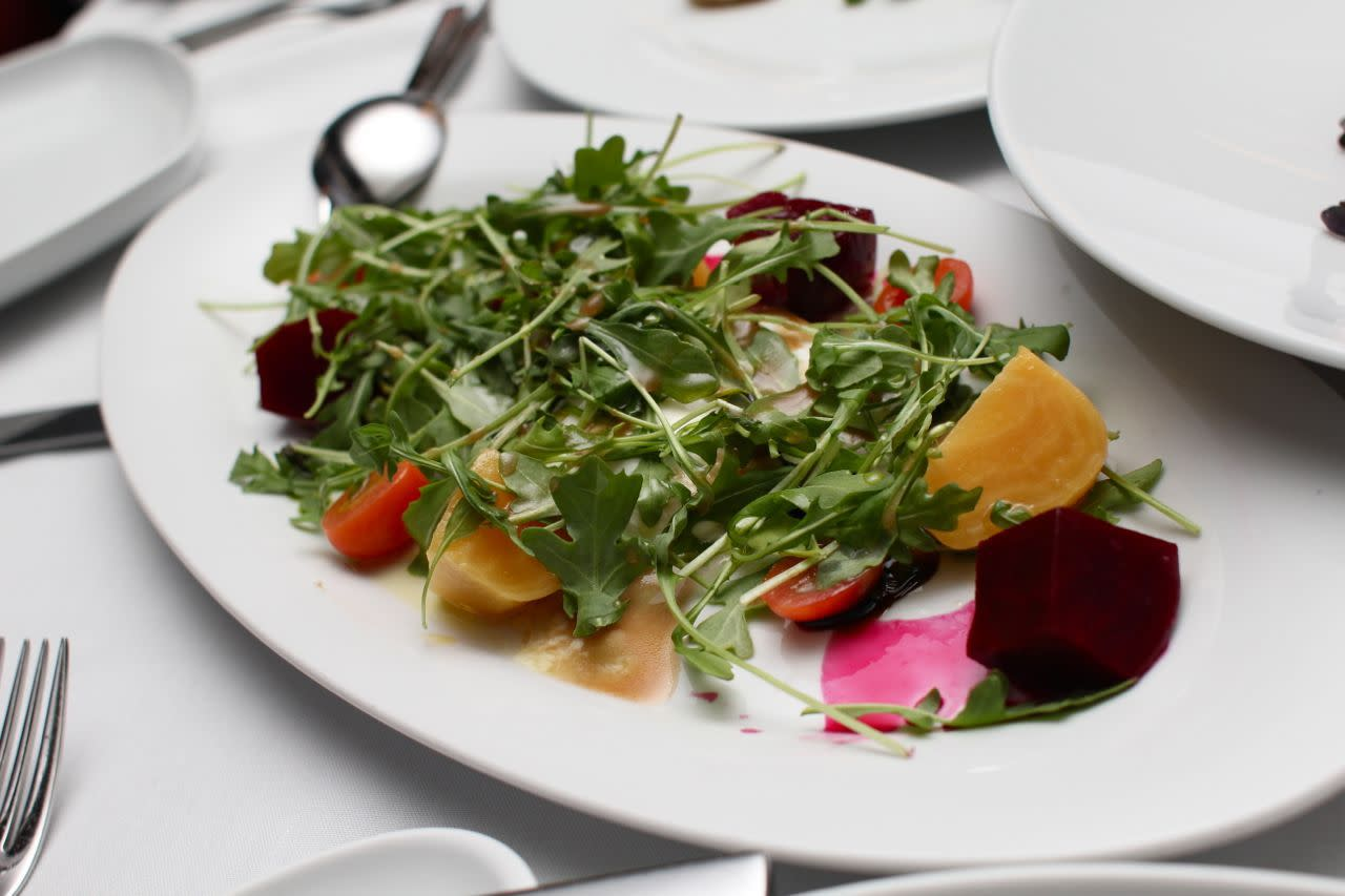 beet and mozzarella salad