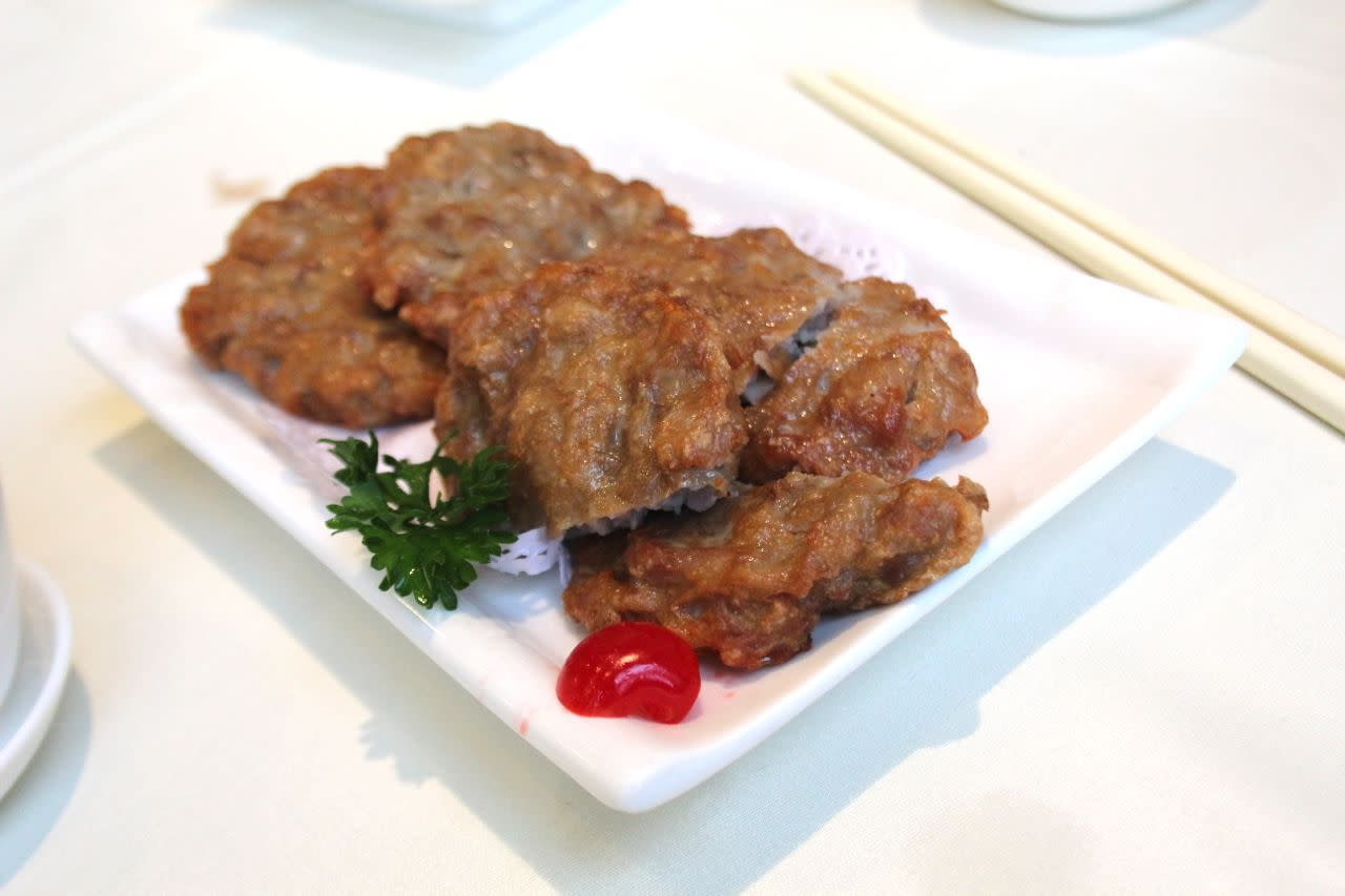 deep-fried lotus root and pork pancakes at Empire Seafood Restaurant