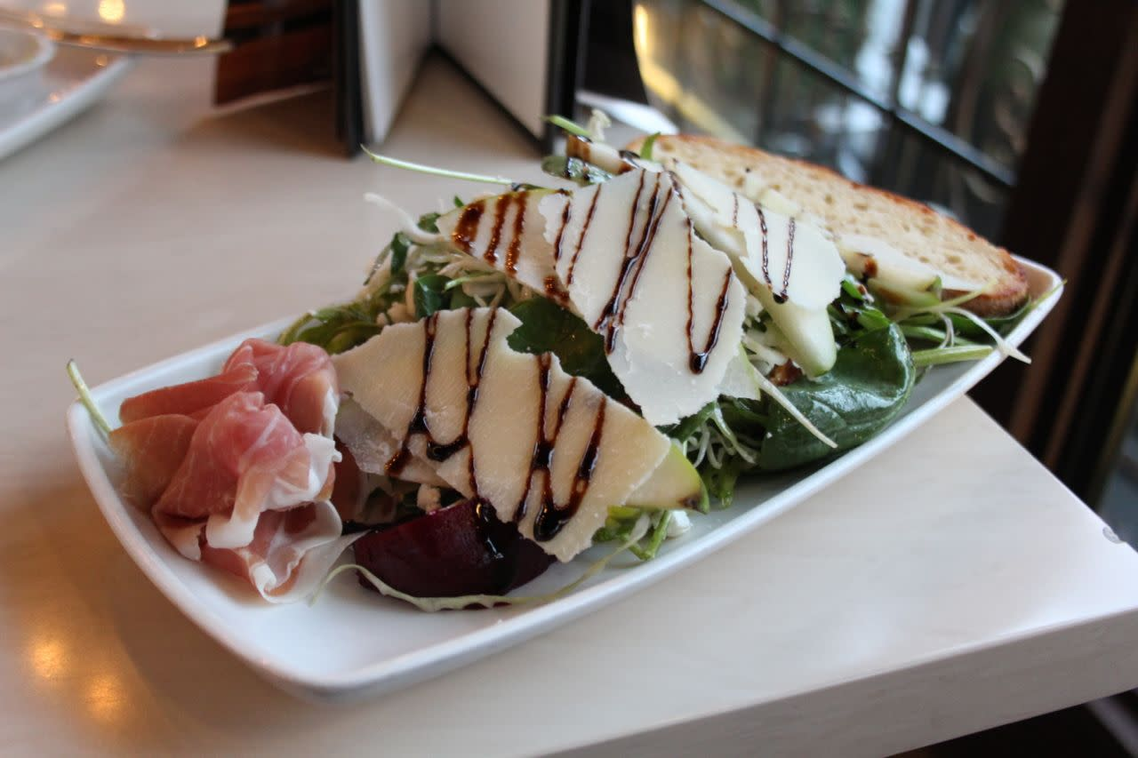 Spinach Salad from Cactus Club