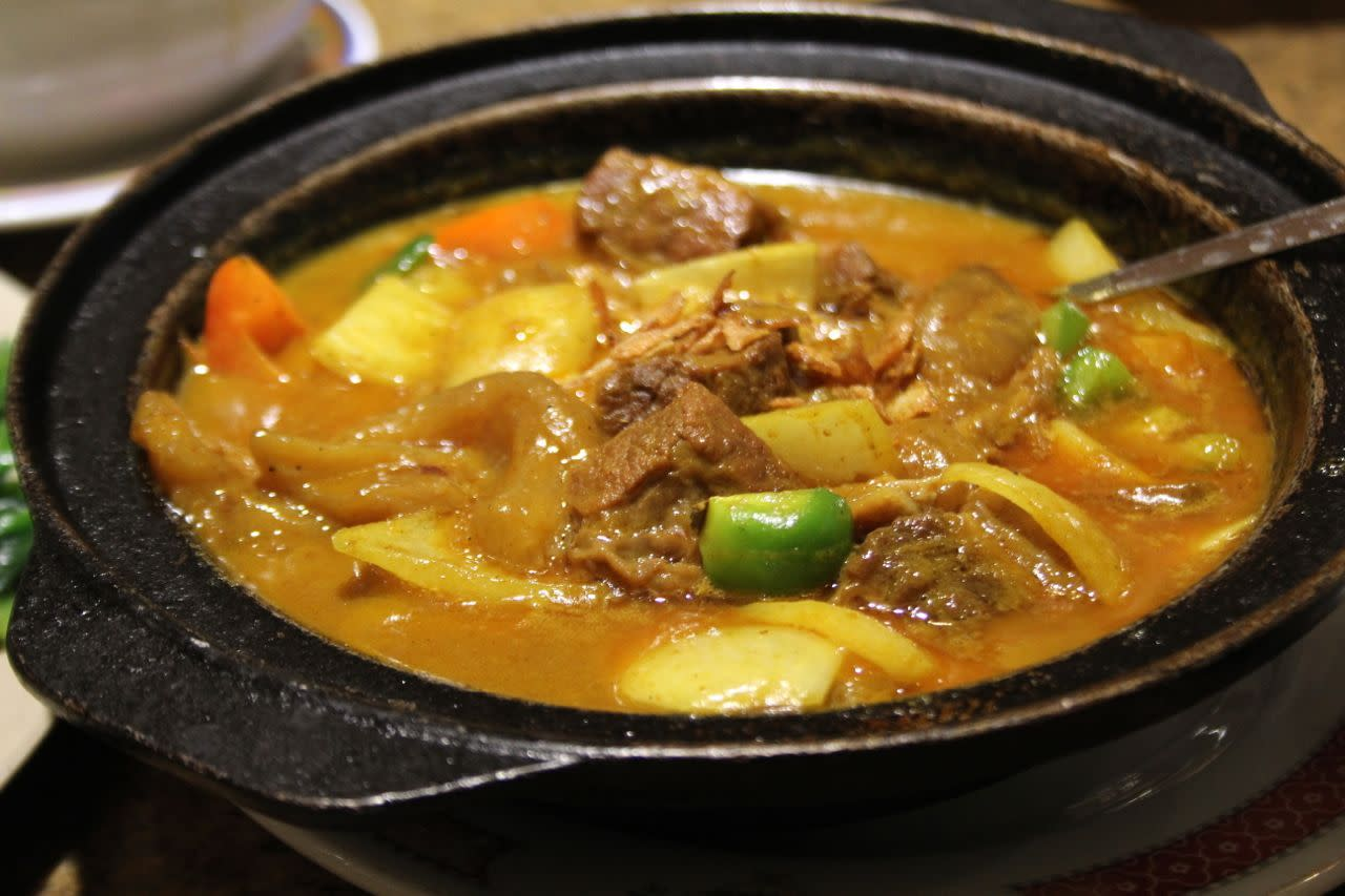 beef brisket and tendon curry
