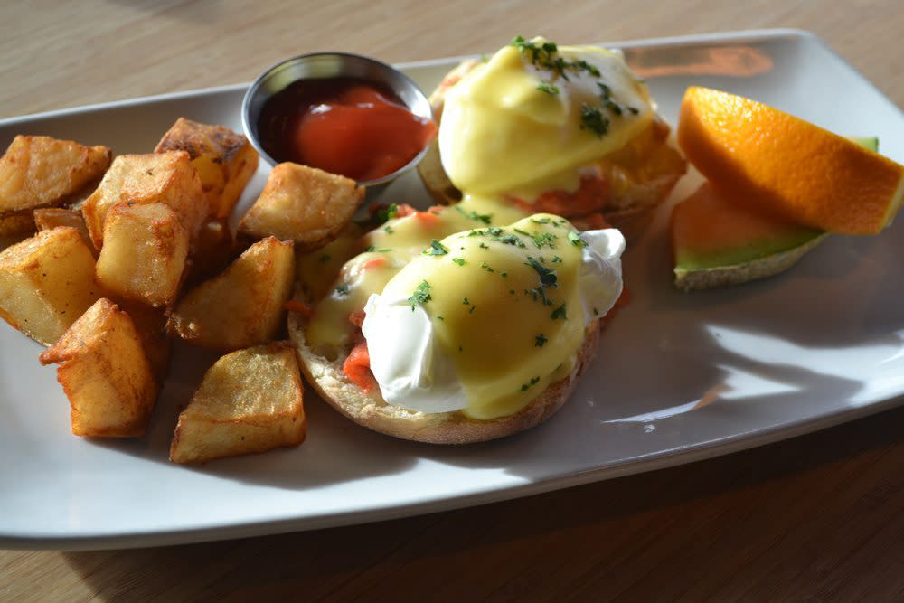 Kove Kitchen Eggs Benedict
