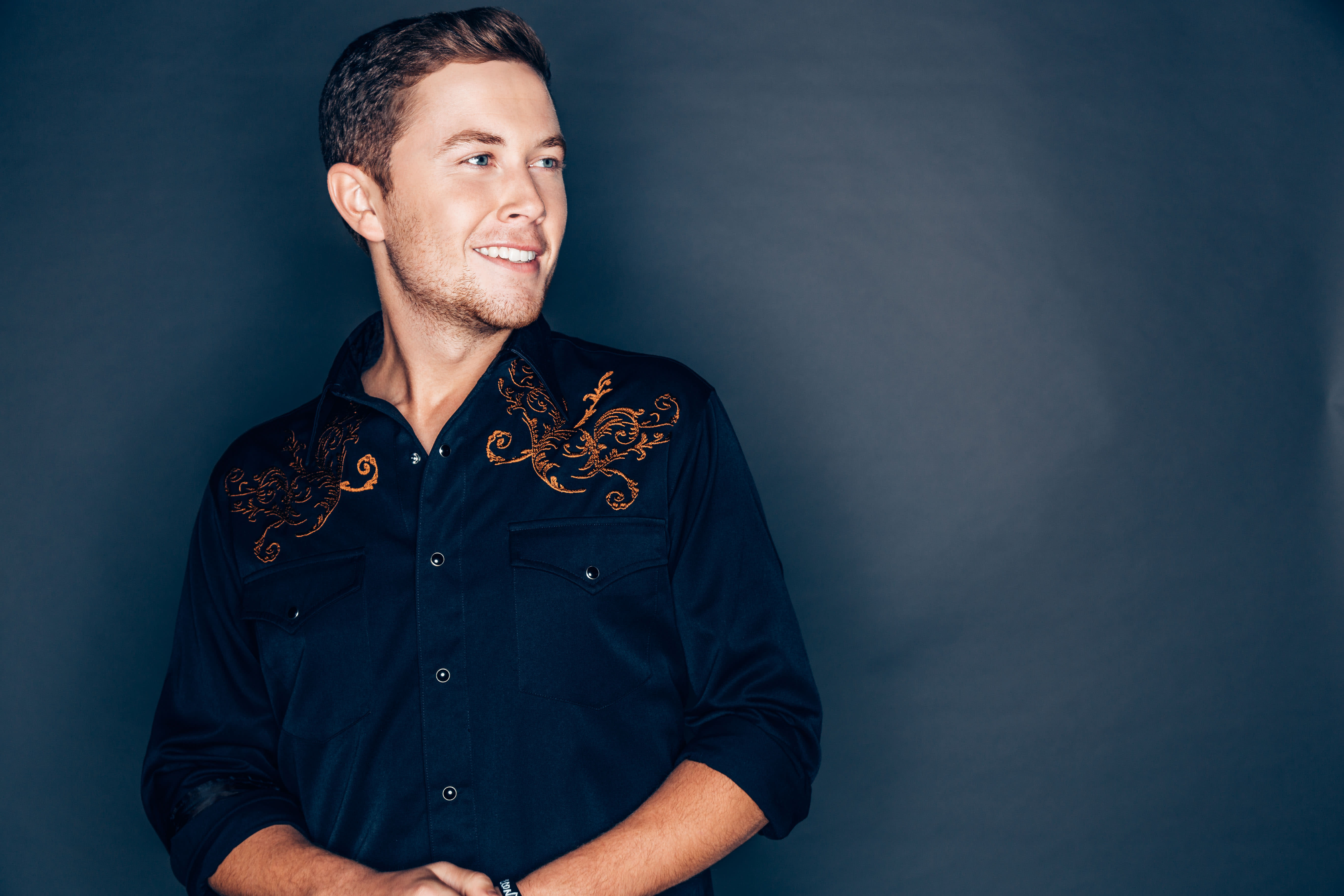 One of country's hottest stars will put on a holiday show to remember.