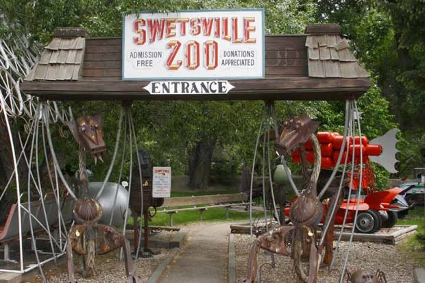 Swetsville Zoo entrancelores, by Bob Willis - Viewpoints Photography