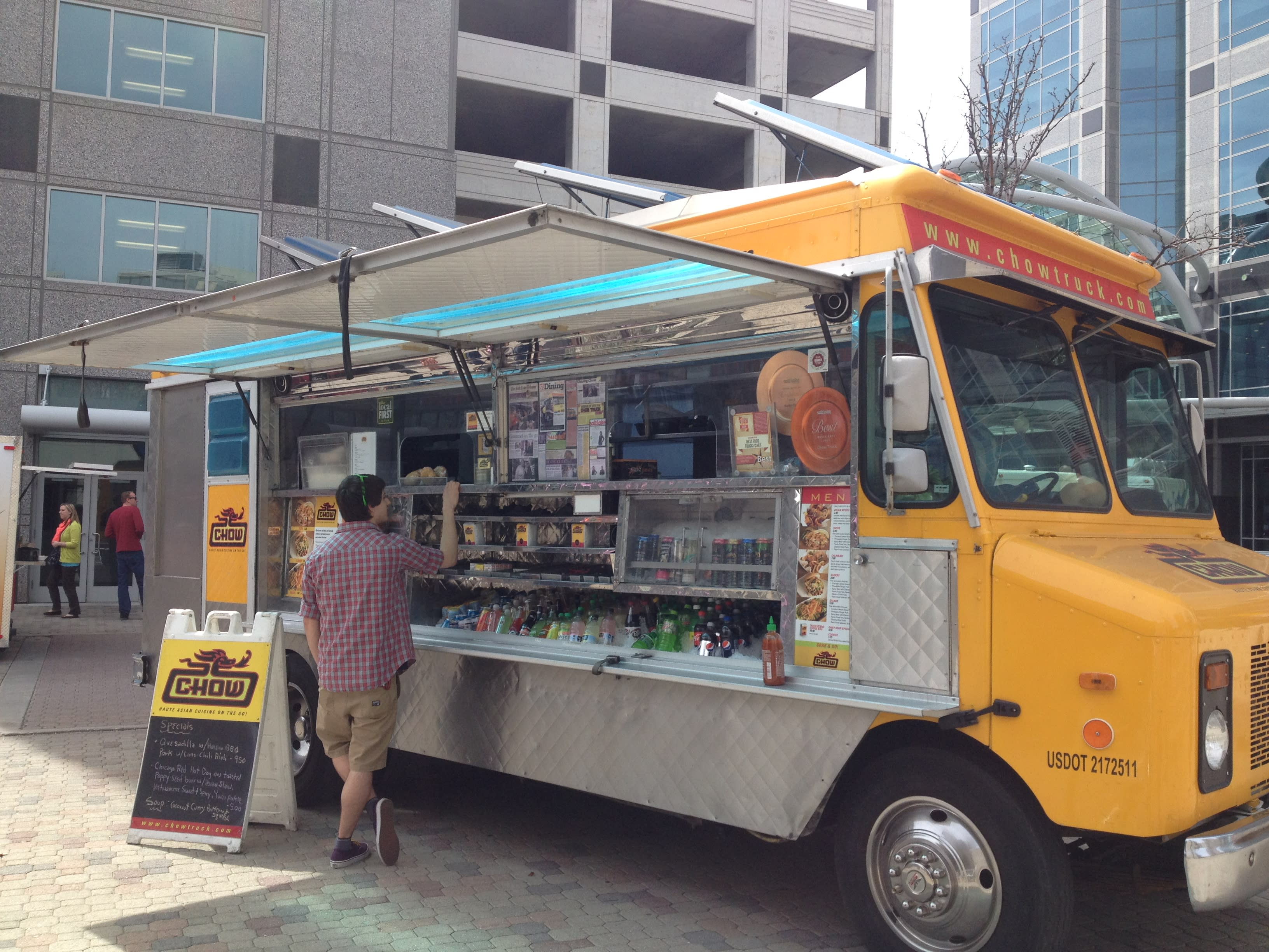 Chow Truck at Food Truck Thursdays Gallivan