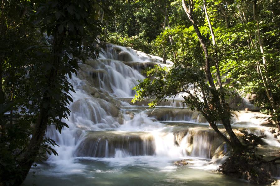 Dunns River Falls, Jamaica_19749211