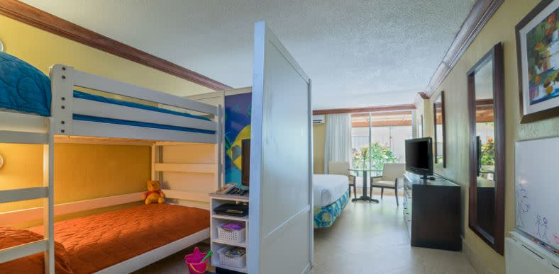 holiday inn sunspree kids suites